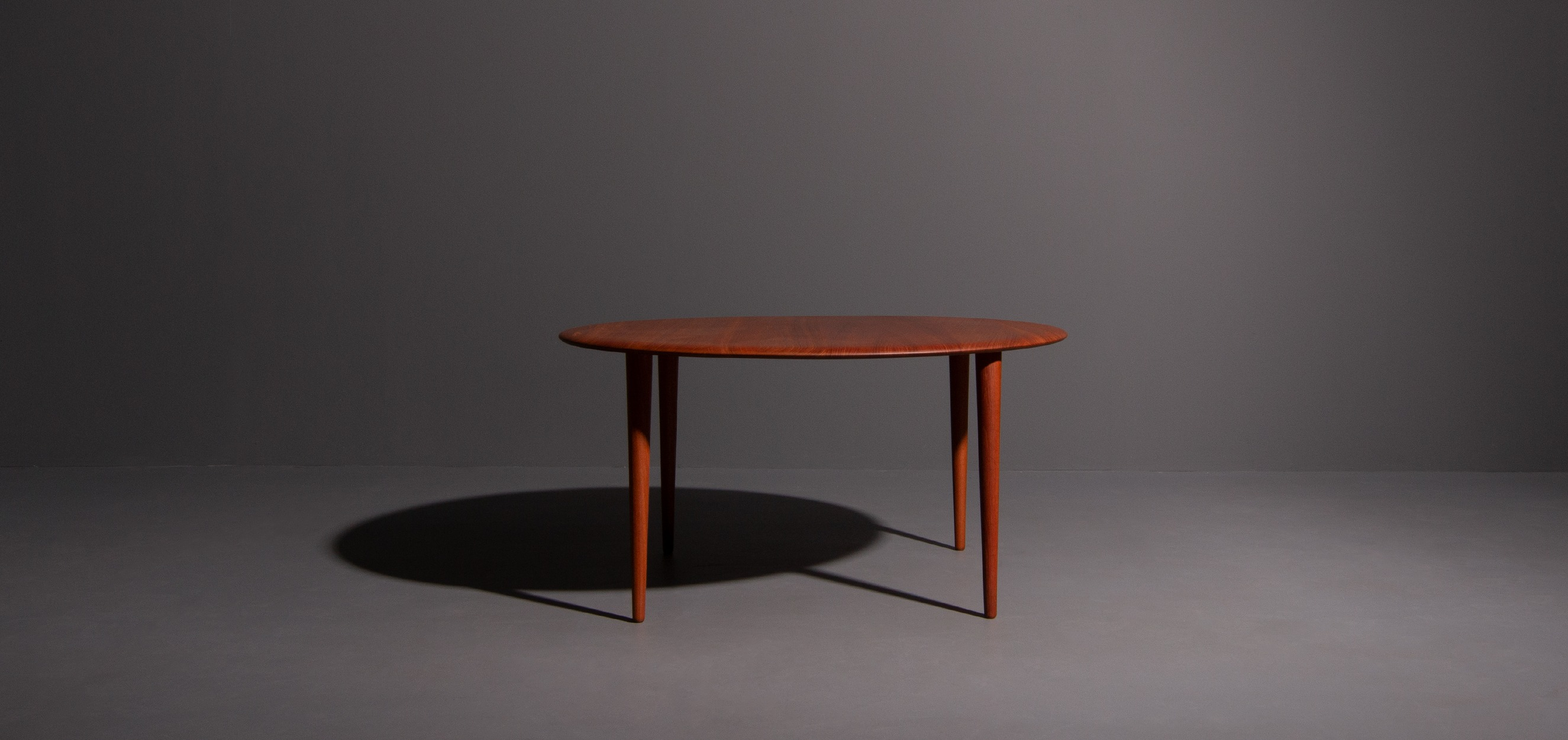 Salontafel Design On Stock.Vintage Design Coffee Table Designed By Peter Hvidt Produced By